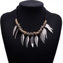 Metalic Vintage Leaves Necklace