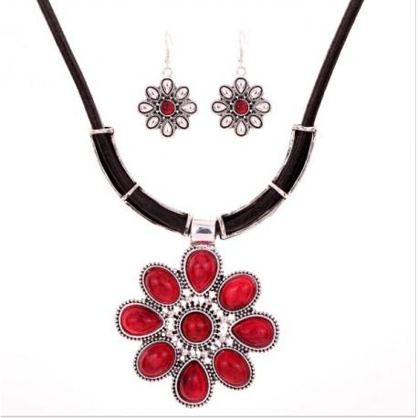 d1b04c1820d4 Conjunto collar y pendientes con flores rojas - bisuteriashop.com