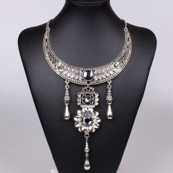 Collar de plata tibetana estilo egipcio Cleopatra