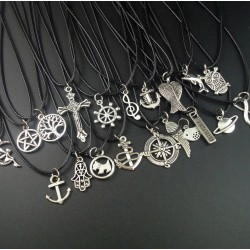 Symbolic pendant necklaces