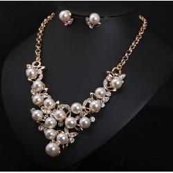 Conjunto collar y pendientes Desiree