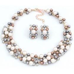 Conjunto collar y pendientes con perlas en diferentes tonos