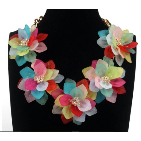 Romantic Necklace with Colorful Flowers