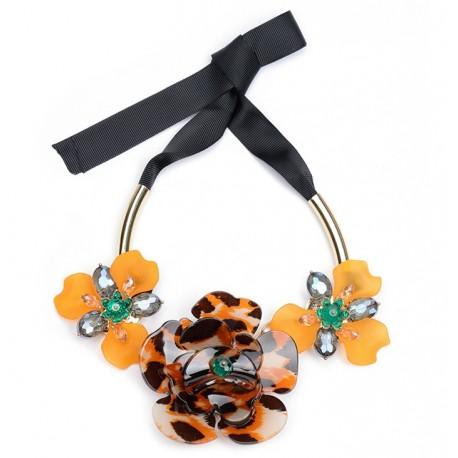 Big Modern Fashion Flower Necklace