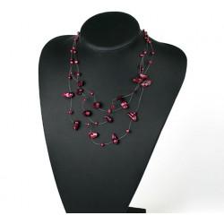Collar con perlas naturales color bordeaux