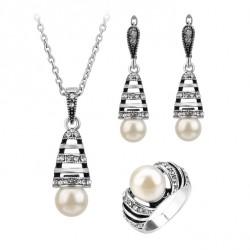 Conjunto de Collar, Pendientes y anillo con perla y plata antigua