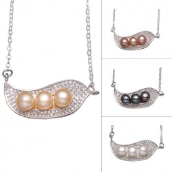 925 Silver Necklace with Leaf Pendant & Three Pearls