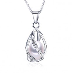 Natural freshwater Pearl pendant Necklace inspiration Fabergé