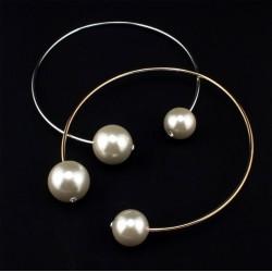 Collar con dos perlas