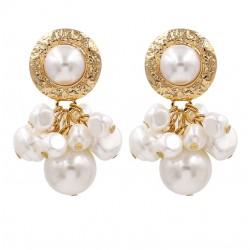 Pendientes con colgantes en forma de racimo de perlas