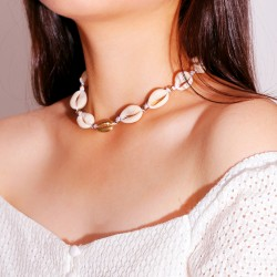 Fashion Jewelry Necklace With Natural Seashells