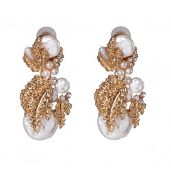 Imitation Pearl Stud Earrings with Golden Color Metal Leaves