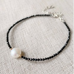 Minimalist Style Black Faceted Obsidian Bracelet with Baroque Pearl