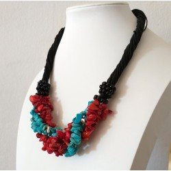 Natural Stone Turquoise and Coral Chip Beads Nylon Line Necklace