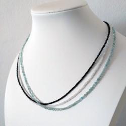 Collar minimalista con piedras naturales facetados