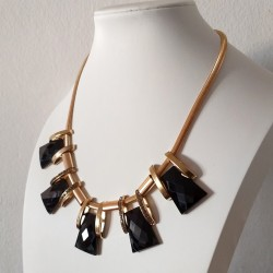 Gold Color Chain Necklace With Black Geometric Stones