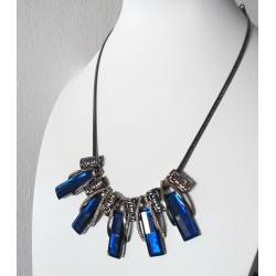 Elegant Necklace with Blue Crystals for Women