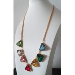 Collar con cristales coloridos