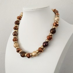 Fashion Necklace with Gold and Brown Color Beads