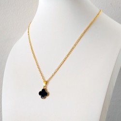 Golden Color Chain Shamrock Pendant Fashion Necklace