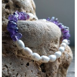 White Oval Pearl and Natural Amethyst Stone Bracelet