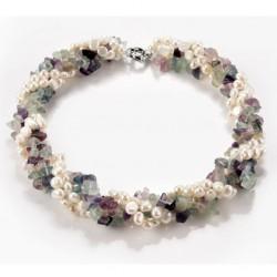 Collar trenzado con perlas de agua dulce y fluorita natural