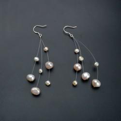 Pendientes de perlas naturales con efecto flotante