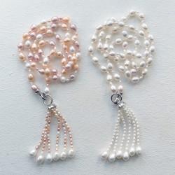 Collar largo de perlas naturales auténticas, en varios tonos