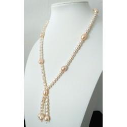 Collar con perlas de agua dulce con triple colgante