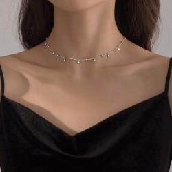 Collar estilo minimalista de plata 925 con mini colgantes geométricas