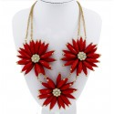 Choker Necklace with Three Maxi Flowers